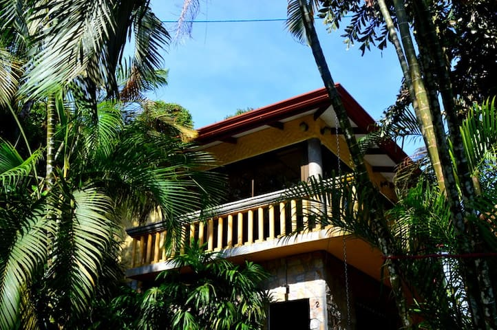 Deluxe Apt in Jungle Villa w Pool & Gardens!