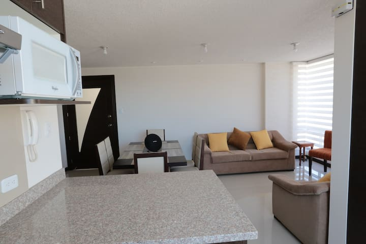 3 bedrooms very comfy &new apart. in Cumbaya-Quito - Quito - Pis