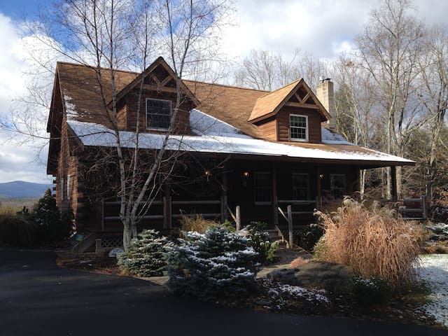 Secluded Catskills, NY Retreat - Freehold - House