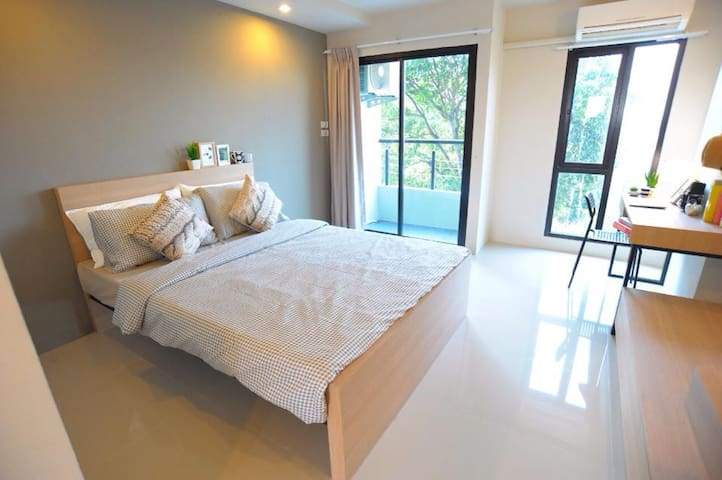 Modern furnished Stu 10min to beach - Chang Wat Chon Buri - Flat