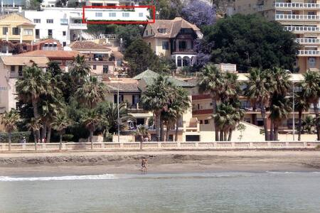 Frente al mar - Málaga