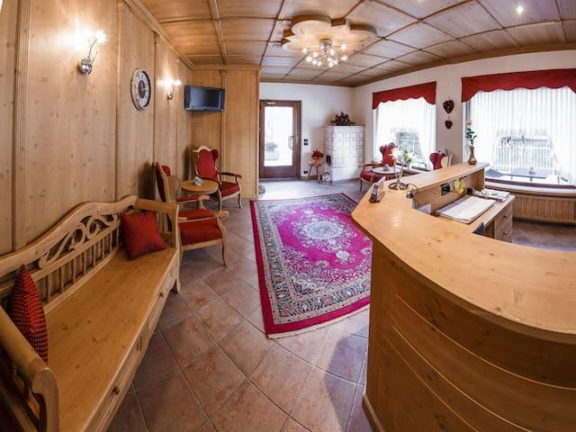 Room for seven people in Pinzolo - Pinzolo - Bed & Breakfast