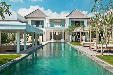 Villa Ombak Putih - an elite haven
