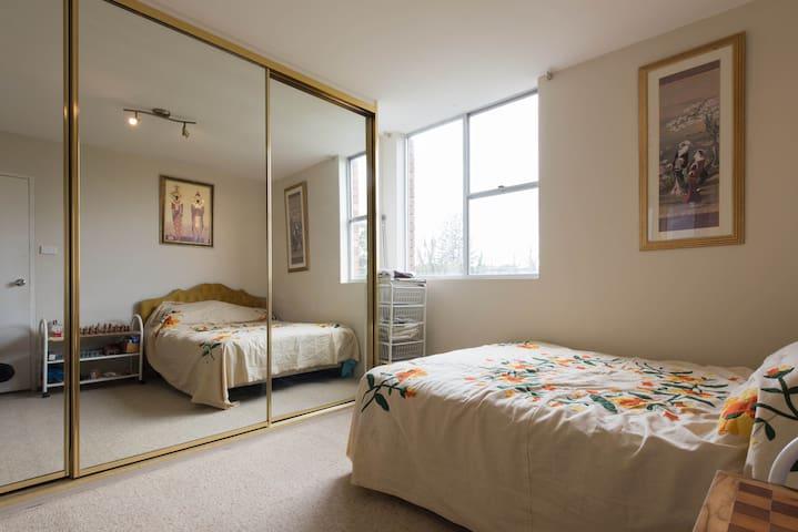 3 Bedroom apartment at Bronte Beach - Bronte - Bed & Breakfast