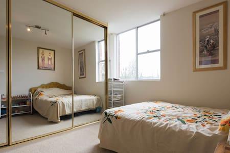 3 Bedroom apartment at Bronte Beach - Bronte