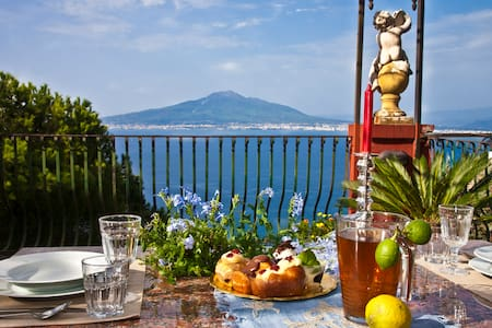 "B&B ""Casale del Barone"" Sorrento Coast, 2 bedroom - Vico Equense - Bed & Breakfast"