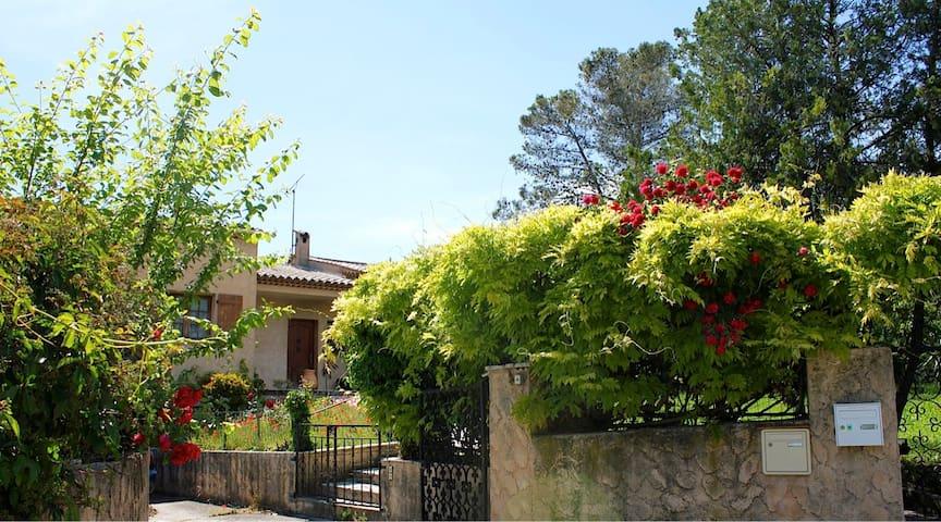 Provence Paradis - 2/5 p - Le Tignet - Wohnung