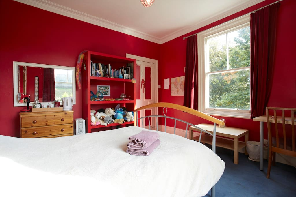 The bedroom has a double bed, tea and coffee making facilities and a table and chairs plus super fast internet