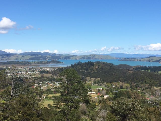 Cosy Home Stay -Top Coromandel Town - Coromandel