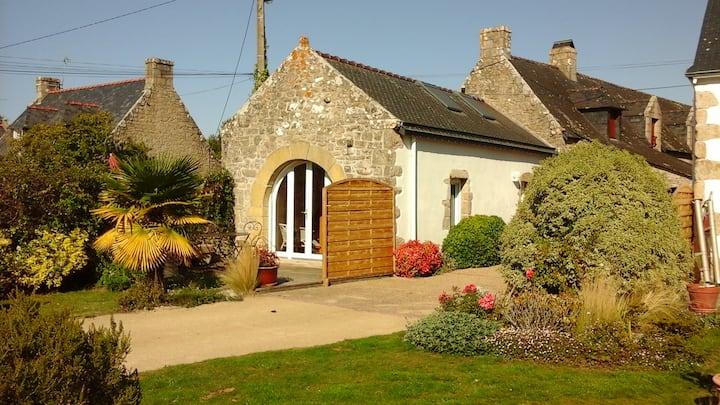 Penty au calme avec jardin et terrasse au sud