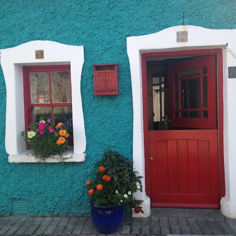Charming terrace house in Killarney - Killarney - Townhouse