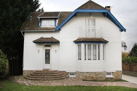 La maison Blanche - Marolles-en-Brie