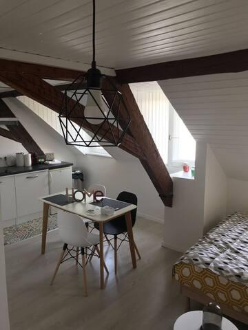 Studio cosy au cœur du centre ville (2min gare)