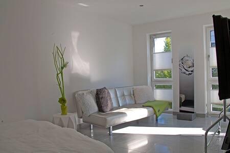 Wohnen in modernem Einfamilienhaus - Warburg