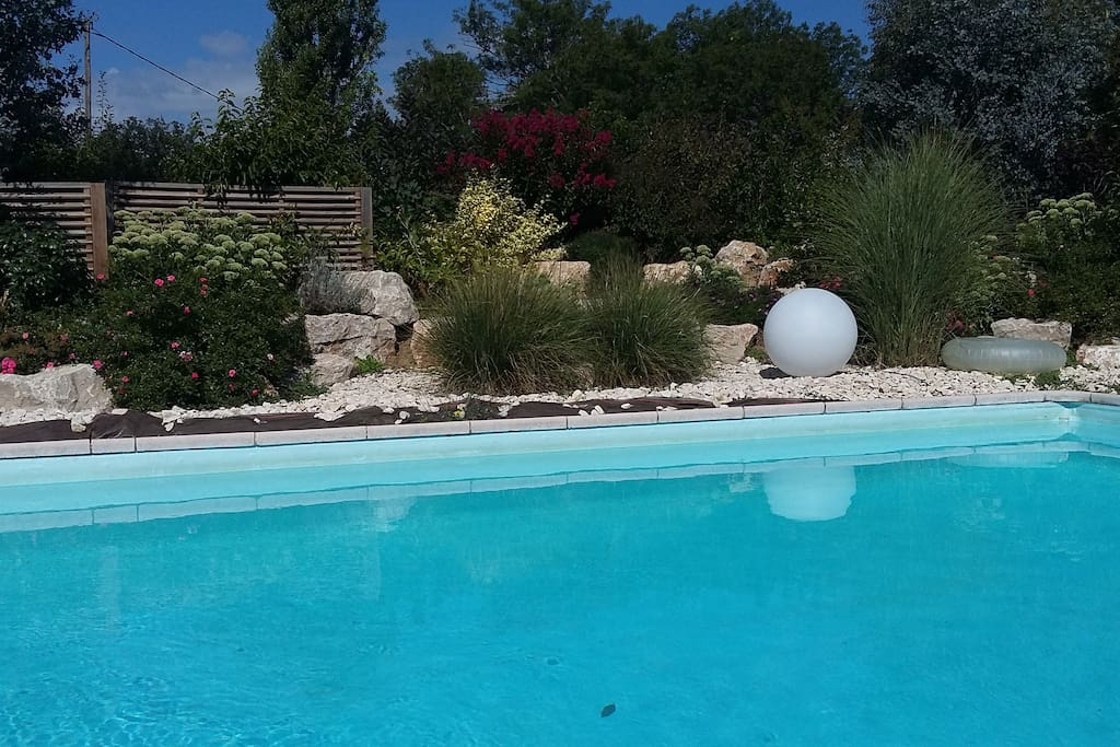 Une piscine accessible