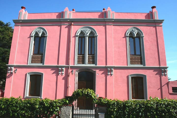 The Pink Palace Period Villa