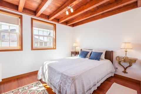 Charming Apartment in Valença 01