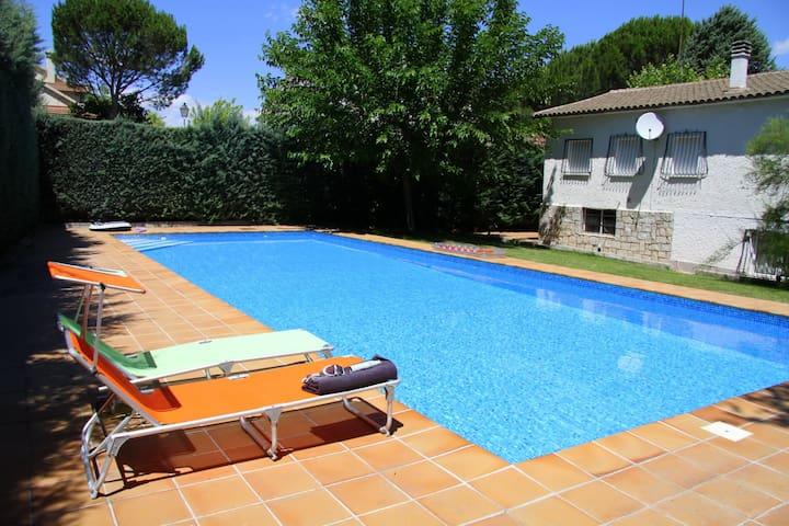 Villa_ANGIS, Sierra de Madrid