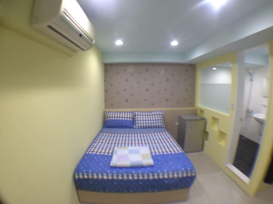 D室小冰箱;分離式冷氣安靜