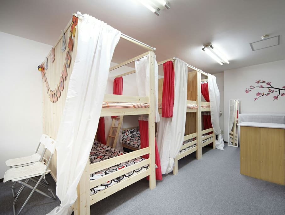 Wide bunk beds 広めの二段ベッド