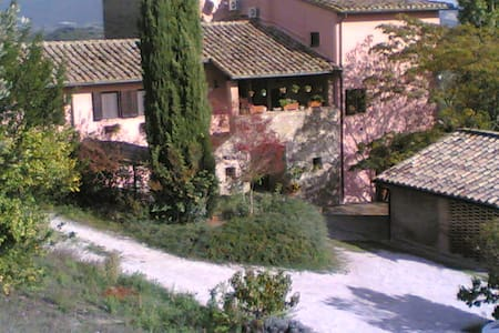 Lovely apartment in Umbria - เปรูเกีย