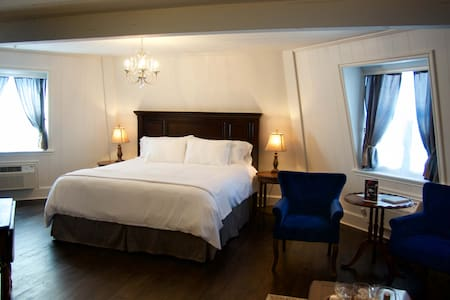 Premiere Windmill Suite in The Mill Inn - Lynden - Lainnya