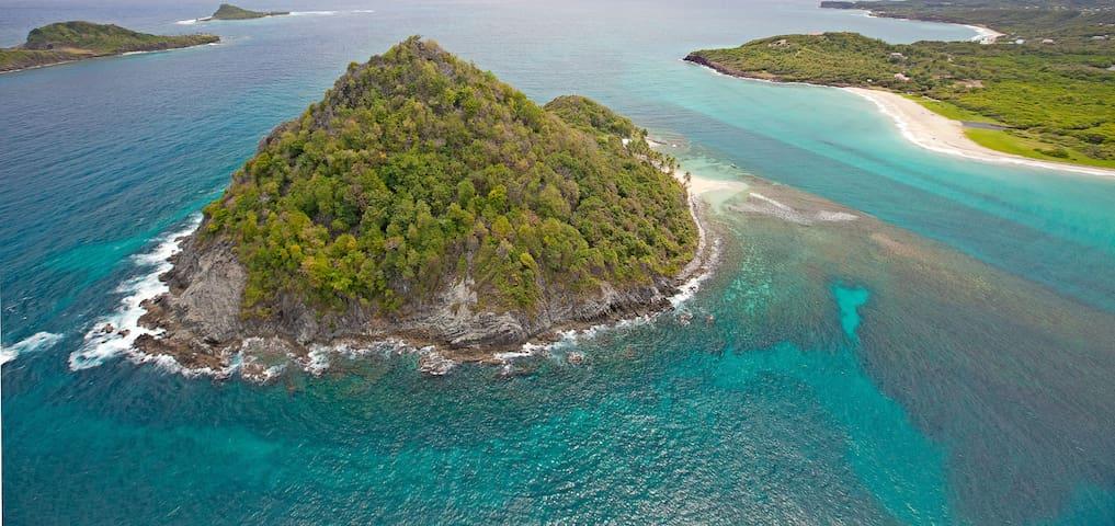 Sugar Loaf - Private Island