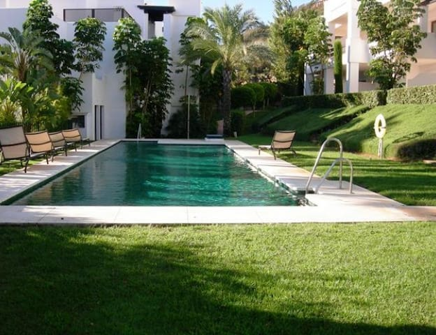 Apartment/ 2 Bedrooms/ Sleeps 4 - Casares - Pis