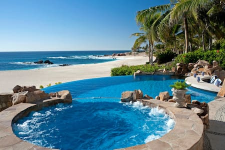 482 Beachfront Villa: 111985 - Palmilla