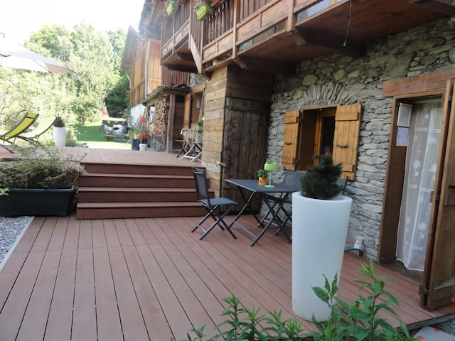 CHAMBRE 2 OU 3 PERSONNES COLINE - Bourg-Saint-Maurice - Bed & Breakfast