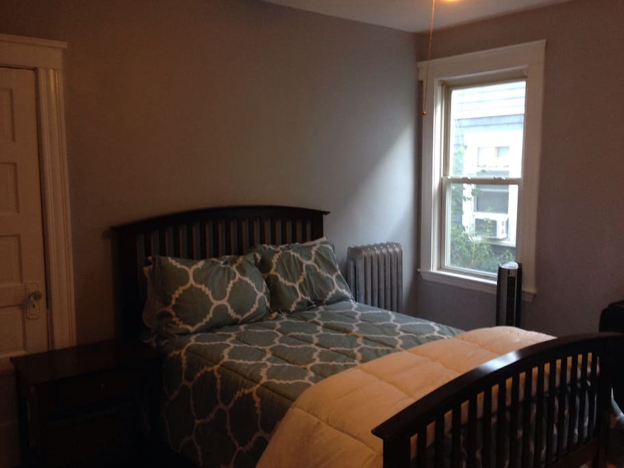 Private Bedroom 10 Minute Walk To T Apartments For Rent