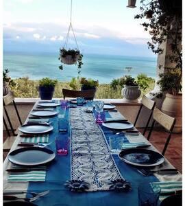 Villa & seaview garden 3km to beach - Mattinata - Villa