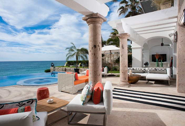321 Beachfront Villa: 114174 - Palmilla