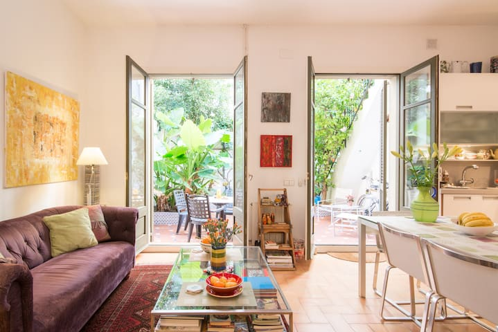 Charming City Oasis with 5* Service - Barcelona - House