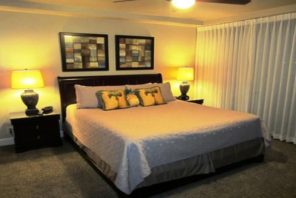 master bedroom includes 650 thread count sheets. All linens provided clean and fresh