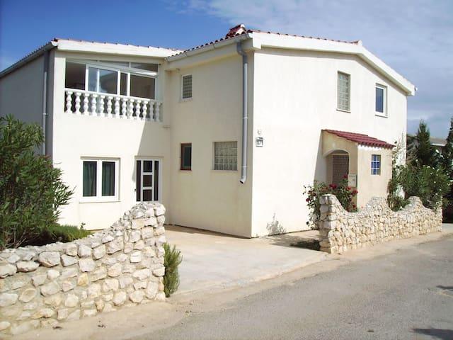 Holiday House Hacker Insel Vir - Vir - House