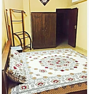 1 bedroom upstair house for budget - Casa