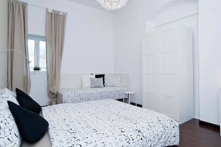 Cozy Double Room in the town centre - Mattinata - Bed & Breakfast