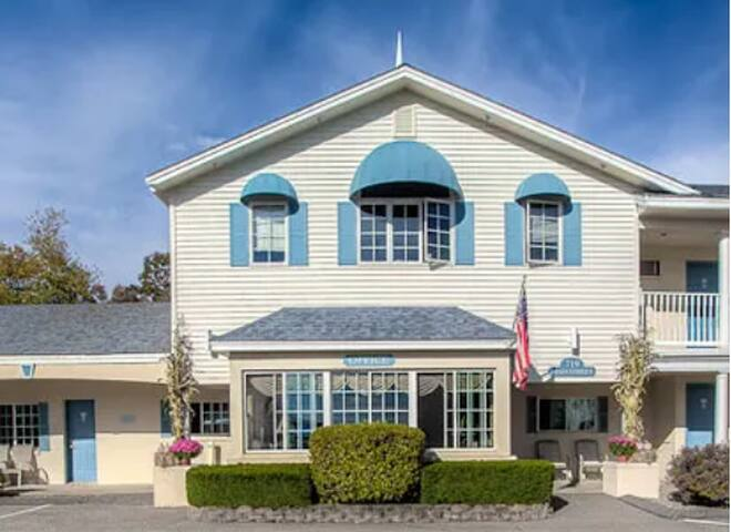 Ogunquit Hotel & Suites for extended stays