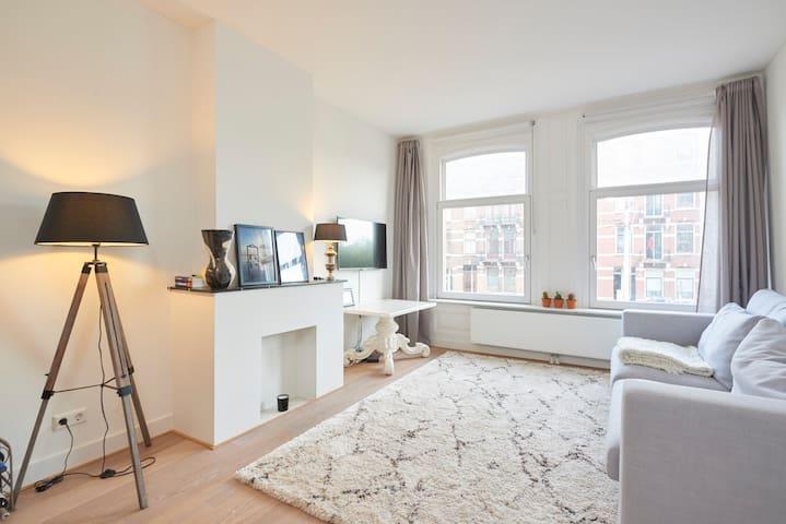 Apartment in city centre (Jordaan)