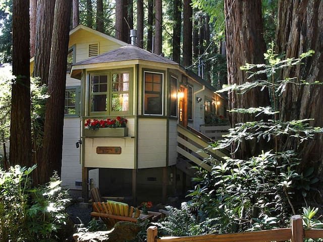 BLACKBERRY BLISS: Creekfront | Hot Tub | Woodstove - Cazadero - Casa