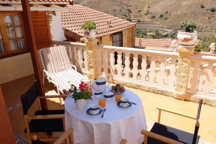 Casa Canaria entre Mar y Montañas! - Urbanización la Suerte - Hus