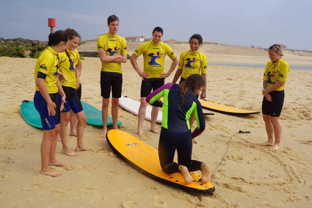 Initiation au surf une leçon offerte du 15/6 au 15/9  pour 7 nuits de location