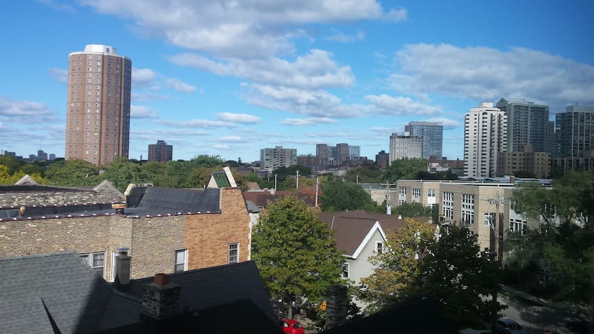 One Bedroom in Great Location - Milwaukee - Appartement