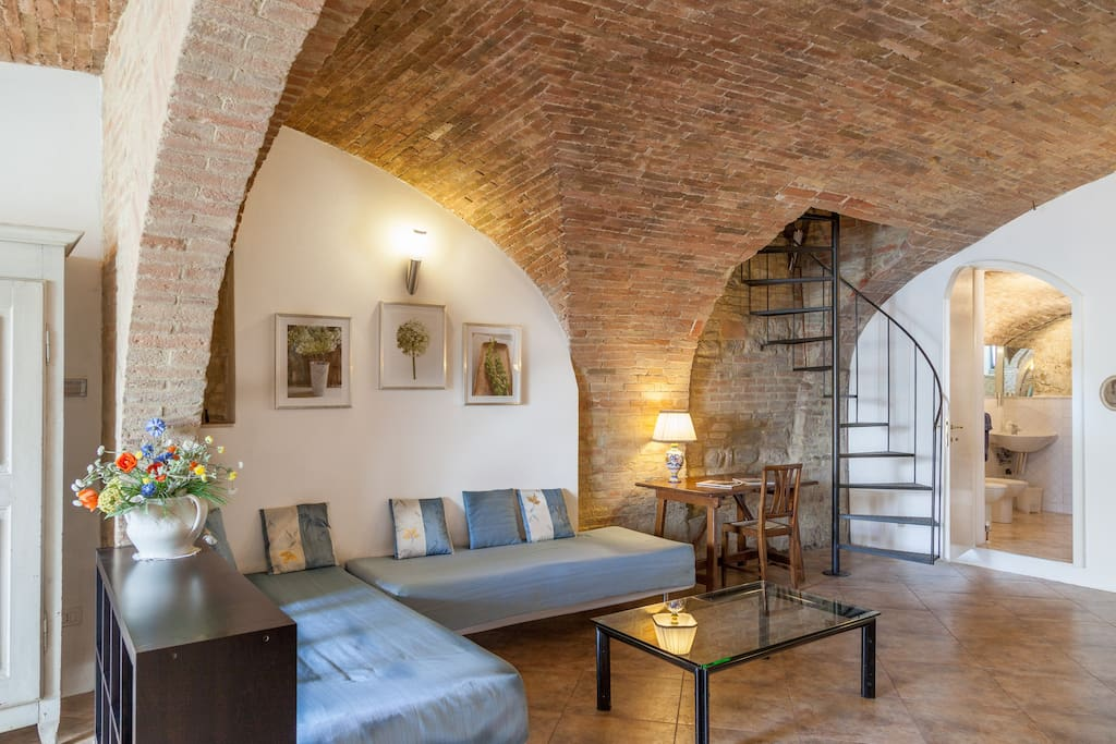 B&B   Perugia Historical Center  1