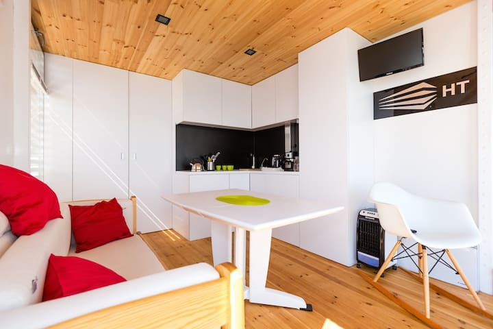 Hausboot HT1 mit schwimmender Terrasse - Mielno - Casa
