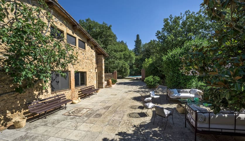 4+2 bd, vineyards, forest, deck - Sovicille - Villa