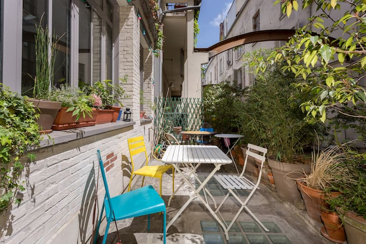 Rare ! 1 Room in a quiet house with terrace - Paris - Hus