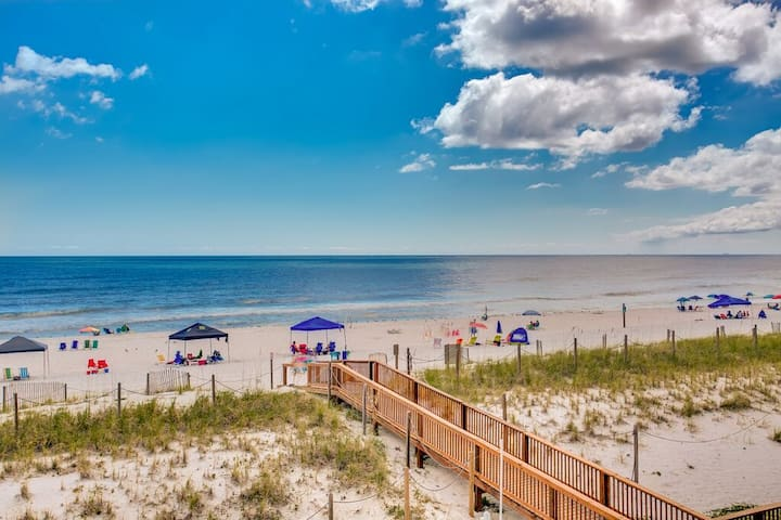 Stunning Ocean Front 2BR/2BA - Gulf Shores - Apartment