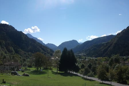 Cozy and new apt. - Italian Alps - Arta Terme - 公寓